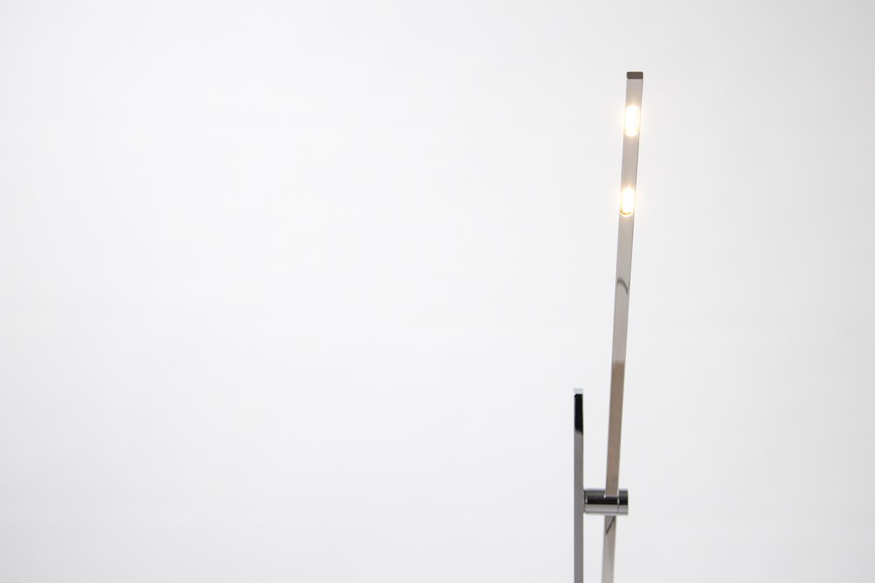 LS_Stehleuchte_Lichtleiste