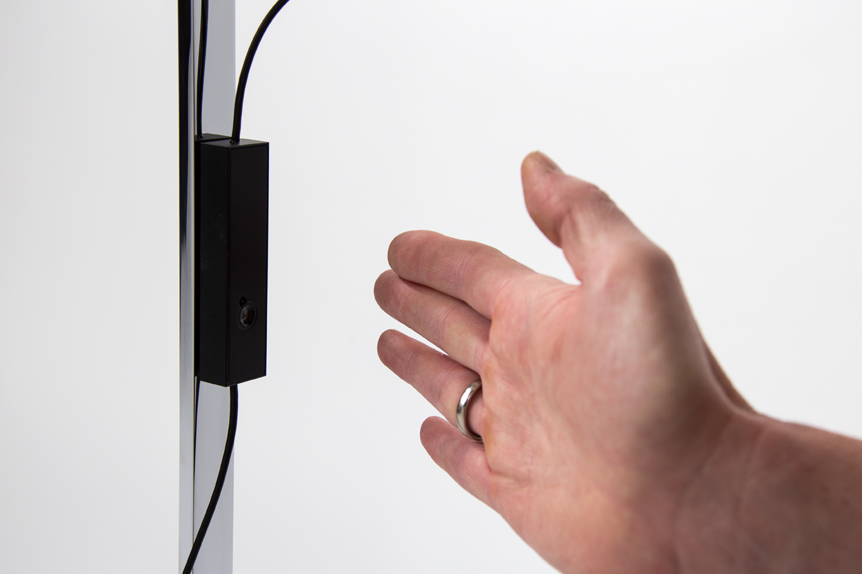 LS_Stehleuchte_Touch-Sensor