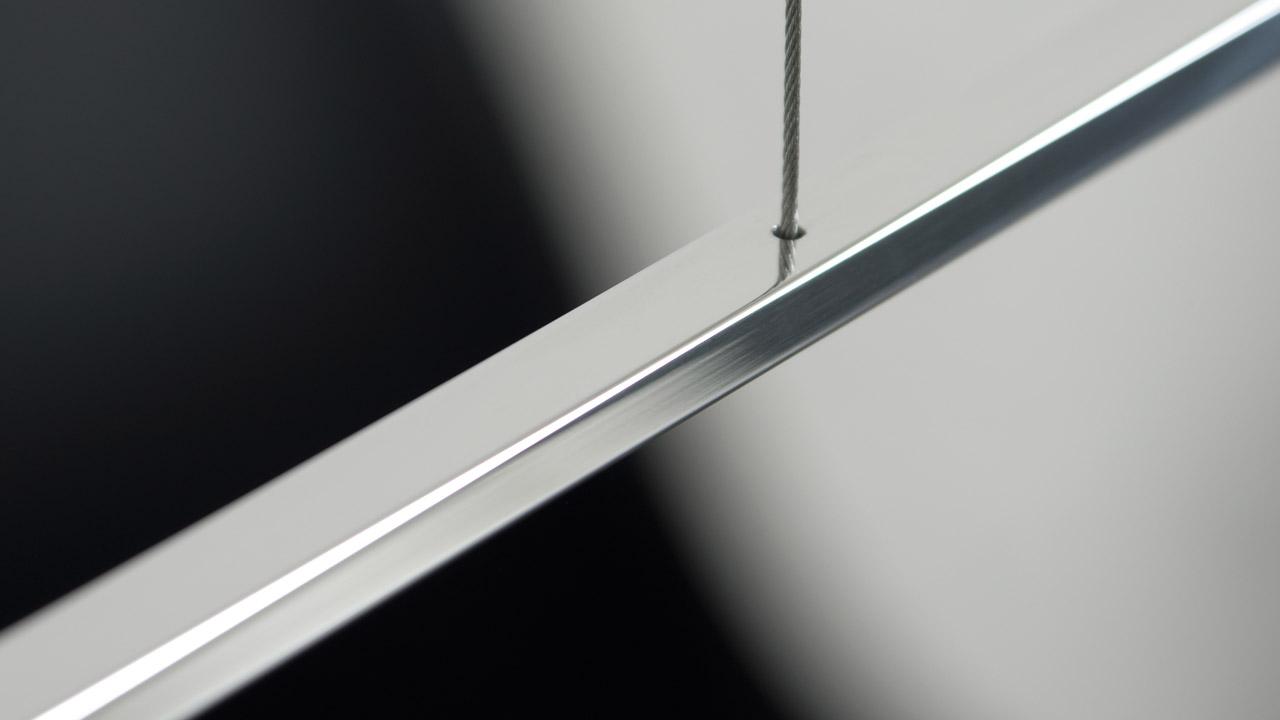 Dimmable pendulum light